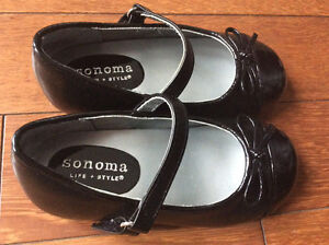Black Dress Shoes - size 7