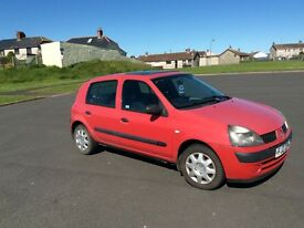 Cheap Clio car with low miles