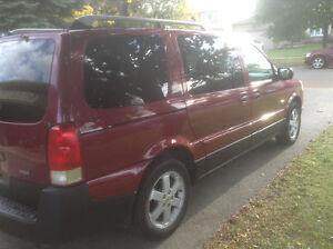 2006 Saturn Relay Ls Minivan, Van
