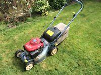 "Honda Izzy 41cm/16"" self propelled lawn mower"