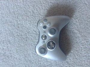 Xbox 360 slim come with turtle beaches both great condition London Ontario image 5