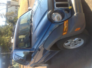 2006 Jeep Chrysler Liberty 4 x 4 Automatic.