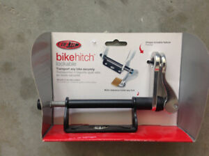 Delta lockable bicycle hitch
