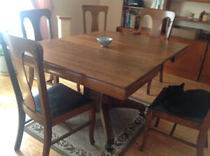 Solid wood antique dining table with five chairs