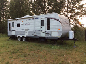 26' Jayco Trailer with Winter pkg and slide. Live in year-round.