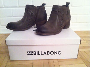 *NEW* - BILLABONG WOMENS' ANKLE BOOT (BOTTINE) - GREY West Island Greater Montréal image 1