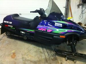 2 arctic cat sleds 1-340 2-440 both low miles and mint London Ontario image 4