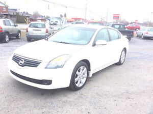 2008 Nissan Altima 3.5S auto loaded lic/inspected 210 kms $4750.