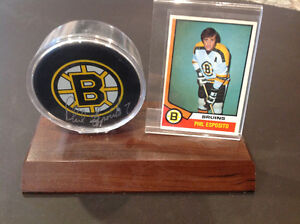 Phil Esposito autographed Boston Bruin Puck with Hockey Card