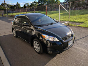 BEAUTIFUL 2011 Toyota Matrix (barely used, minor damage in pics)