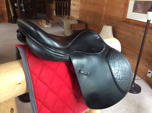 "18"" FRANK BAINES BALANCE ENGLISH GP/JUMPING SADDLE, CLOSE CONTAC"