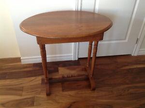 Curio Table
