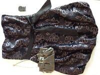 Robe de soirée ou bal avec petit sac à main
