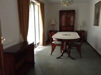 Beautifull Beresford & Hicks dinning table & chairs with matching units.