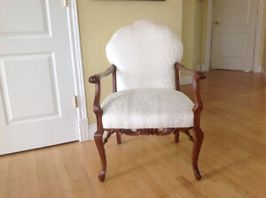Beautiful Antique Chair. $100 OBO