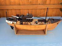 Rc wood boat