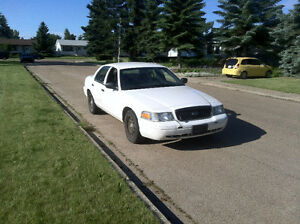 2009 Ford Crown Victoria Police Interceptor 116,539 kms P71