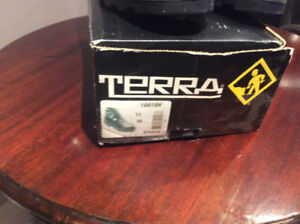 Terra Safery Shoes size 11