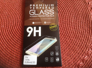 Glass Screen Protector for iPhone 4 / 4s