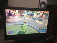 Hitachi 19 inch LCD HD TV Freeview
