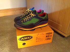 AKU Nuvola GTX Approach shoes in size 7
