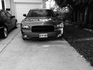 2006 Dodge Charger ** must see**