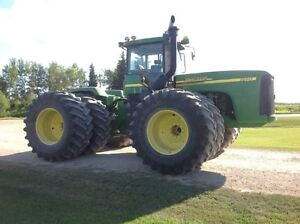 JD 9520 Tractor