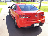 2010 Forte Koup with Warranty and Low Mileage