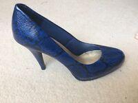 Size 6 blue snakeskin effect heels
