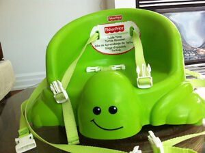 Fisher Price - Table time Turtle Booster (excellent condition)