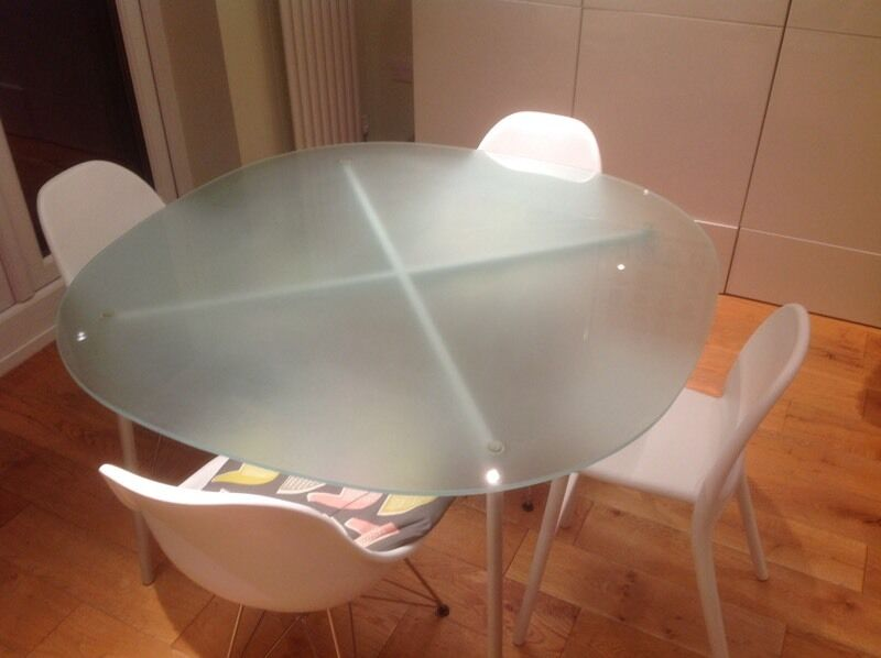 Habitat frosted glass dining table in west bridgford for Frosted glass dining table