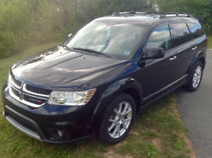 2014 AWD Dodge Journey R/T  ( 55,000km ) 7pas DVD Leather