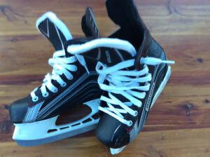 Bauer  Vapor 200 Skates Size 3