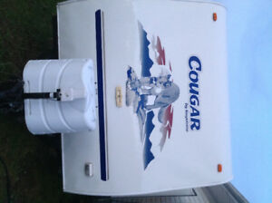 For sale 2006  301 cougar travel trailer 30 foot bunkhouse