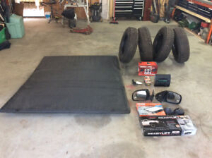 Tonneau cover and parts for 2009 Toyota Tacoma