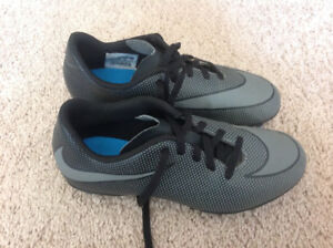 Nike Soccer cleats - size 3 Y