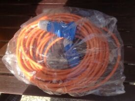 25 metre electric hook up lead brand new