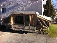 1987 Starcraft pop tent camping trailer Roulotte trade/echange