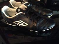 Boys soccer cleats Size 8