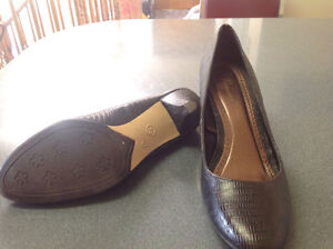 Shoes, brown leather. Size 8.5 new