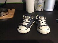Blue converse infant size 5