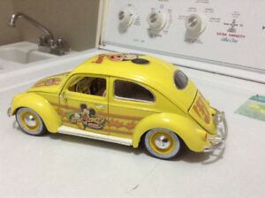 1/18 diecast cars 1955 vw beetle Disney collection Mickey mouse