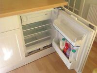 intergrated 600 fridge with top ice box