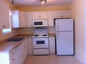 3 Bedroom Lakewood Townhouse for Rent