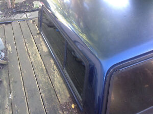 1999 Chevy truck cap, Blue short box, good condition Kitchener / Waterloo Kitchener Area image 4