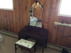Antique Victorian Dresser/Stool