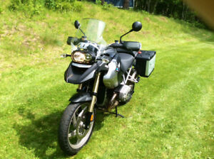 GS1200 BMW DUAL SPORT...AS NEW...