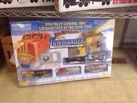 BACHMANN COMPLETE AND READY TO RUN HO SCALE ELECTRIC TRAIN SET.