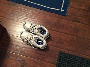Dakota safety shoes size 8ee womens or mens
