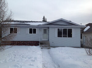 Nice 3 bedroom home for rent in Whitecourt